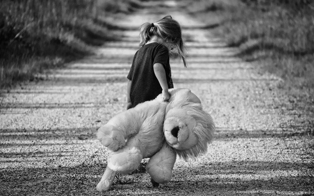 Detský psychológ radí: Čo robiť, keď nás navštívi smrť?
